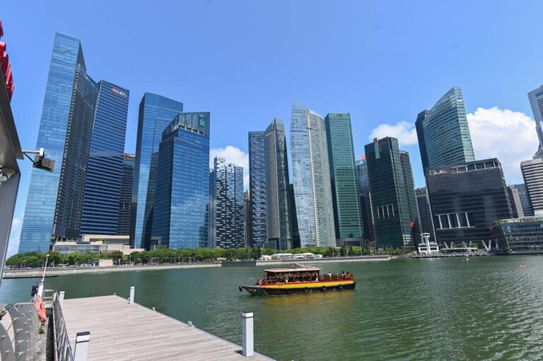 Malaysian Billionaire Brothers' IOI Properties Submits Only Bid For Hotel, Residential Site In Marina Bay